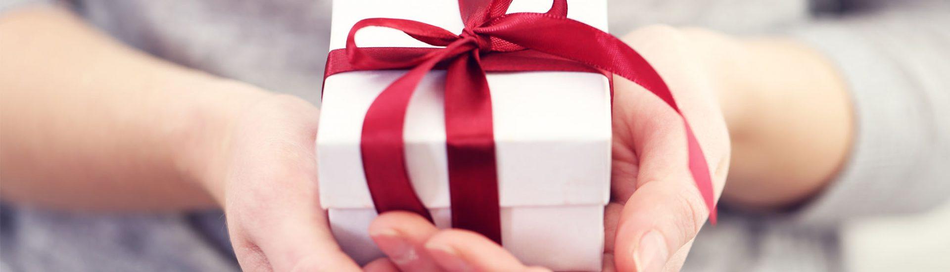 Kleine Weihnachtsgeschenke bleiben auch nach dem Fest Teil des Alltags