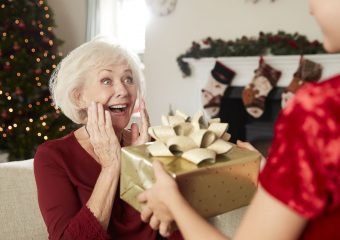 Weihnachtsgeschenke für Oma – Top 10 Inspirationen