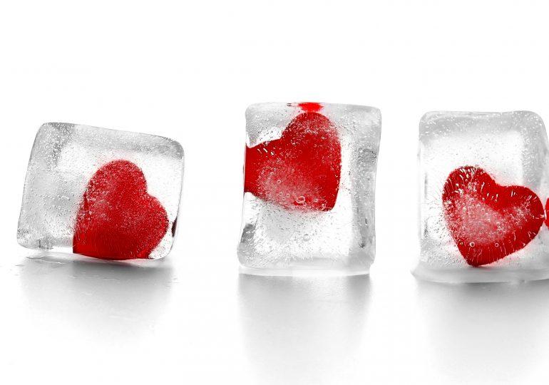 Der großartige Glaswürfel mit Herzen Vergleich [Dezember 2019]